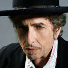 This is an Queen + Adam Lambert image